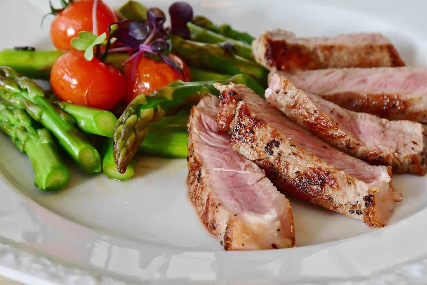 O que é dieta Low Carb? 23 receitas para o almoço e janta